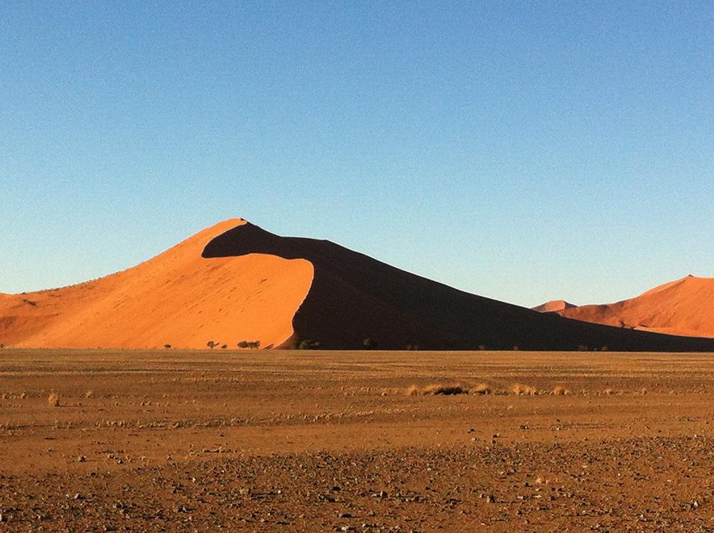 Namibia: África de otro color. Revista Aproin