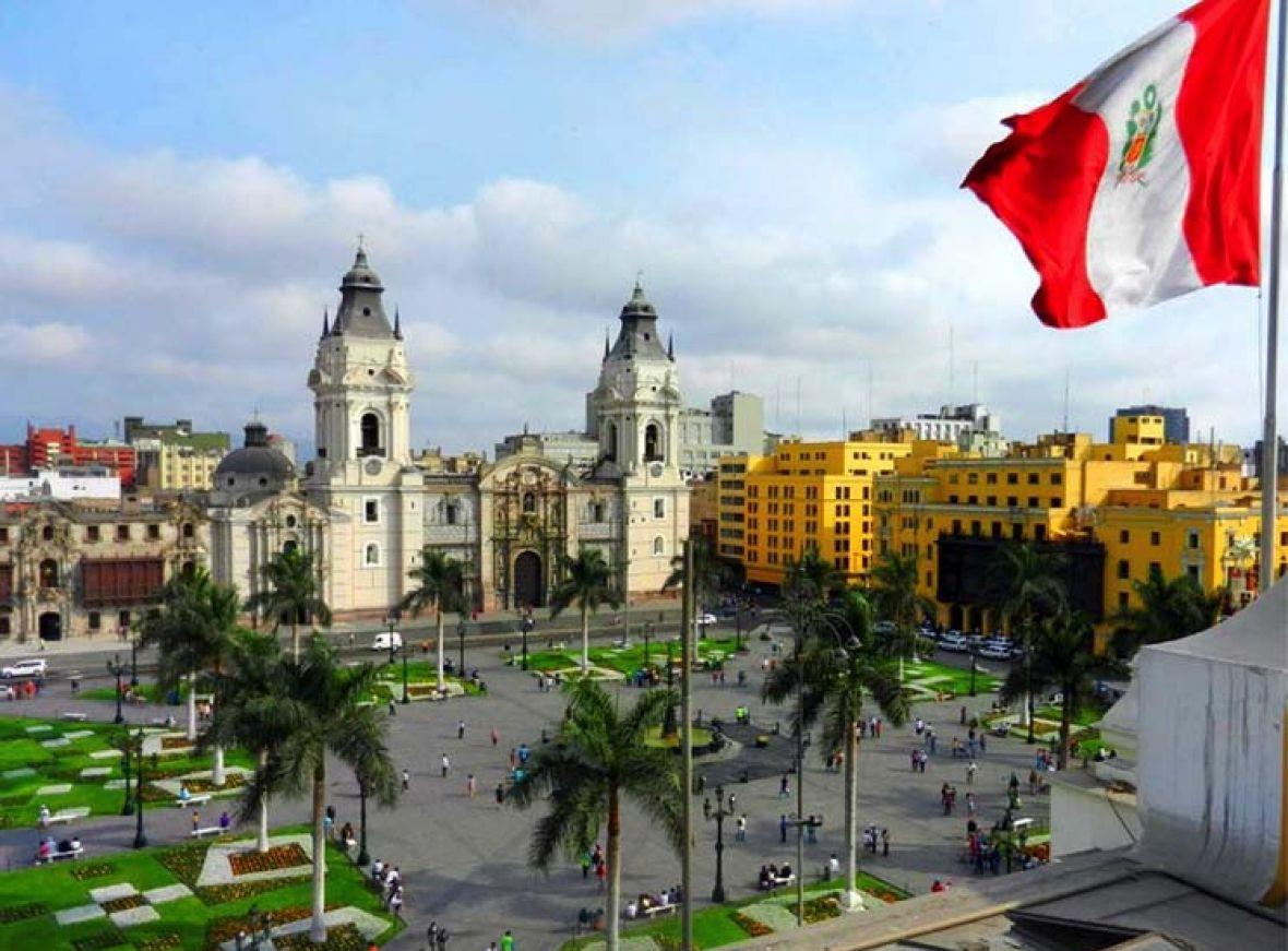 Artículo revista Aproin. Perú, escrito por Manuel Fernández