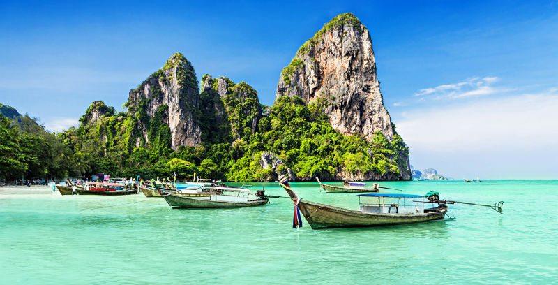 Viajeros Localia. TAILANDIA: Seda y Orquídeas