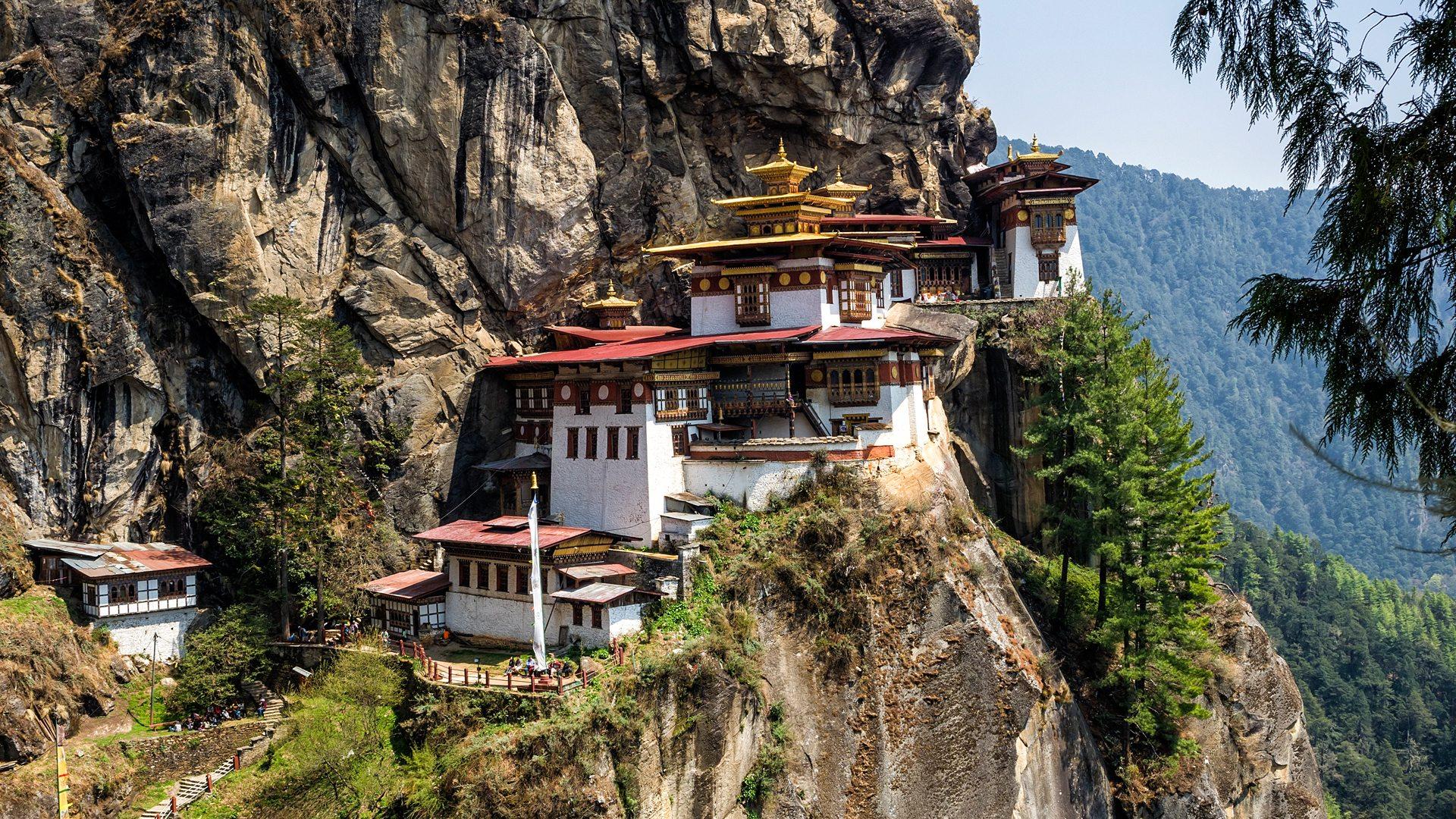 Artículo revista Aproin. Bhutan, a los pies del Himalaya